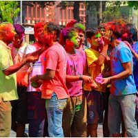 Guide to Colorful Holi festival in India