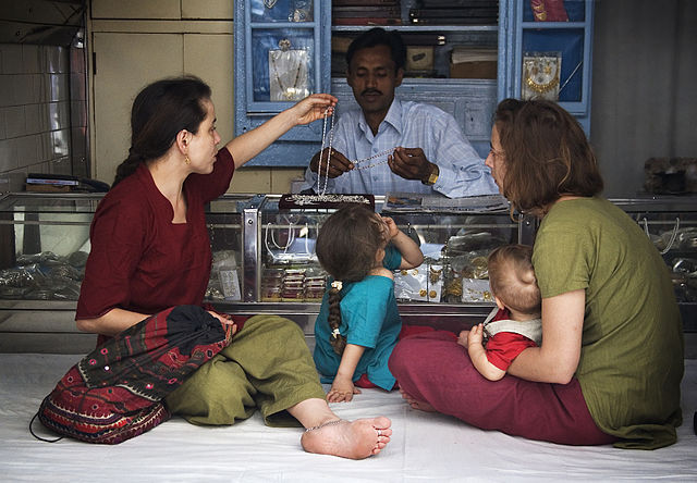 Guide to Traveling to India with kids