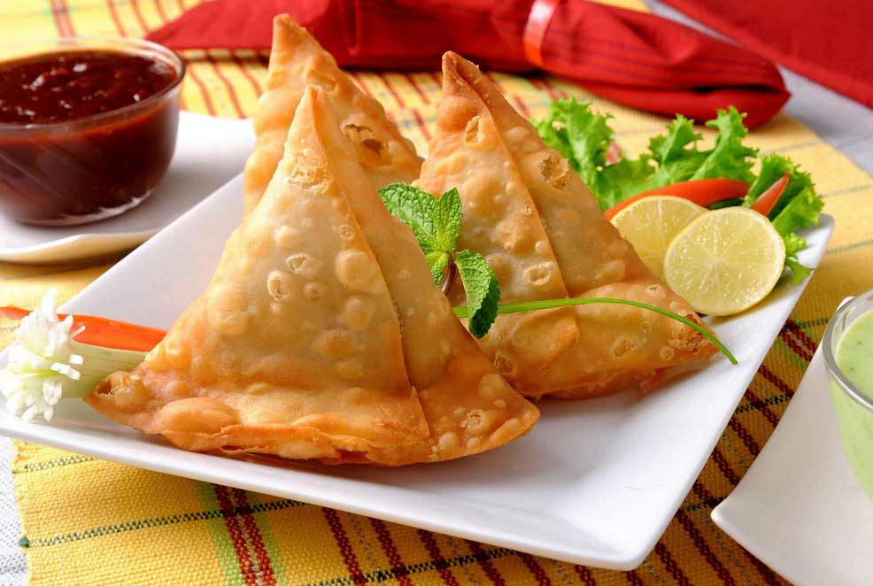 famous-indian-street-foods